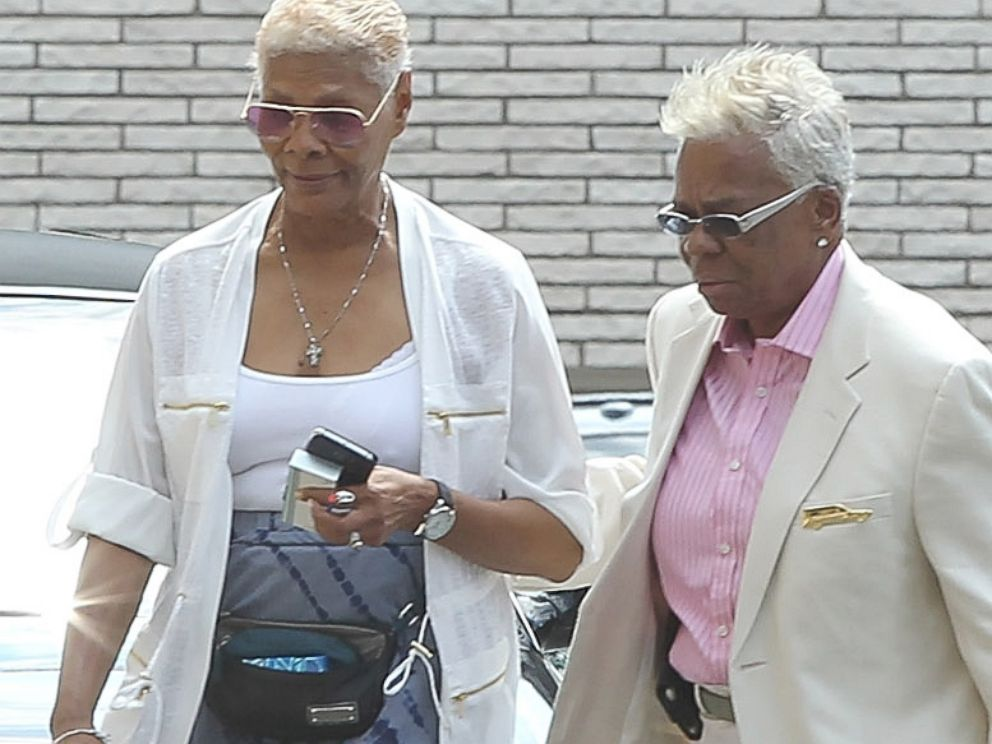 PHOTO: Singer Dionne Warwick (L) attends a funeral service for Bobbi Kristina Brown on Aug. 3, 2015 in Newark, New Jersey.