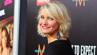 """PHOTO: Actress Cameron Diaz arrives at the Los Angeles Premiere """"What To Expect When You're Expecting"""", May 14, 2012 in Hollywood, California."""