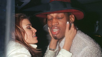 PHOTO: Carmen Electra and Dennis Rodman