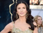 PHOTO: Actress Catherine Zeta Jones arrives on the red carpet for the 85th Annual Academy Awards, Feb. 24, 2013 in Hollywood.