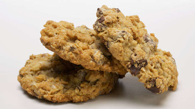 """PHOTO: Laura Bush submitted her oatmeal chocolate chunk cookie recipe in Family Circle's """"Presidential Bake-Off"""" contest."""