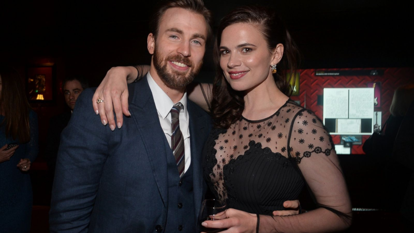 Chris Evans And Hayley Atwell Become Part Of Surprise Proposal