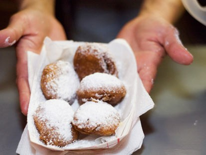 PHOTO: Deep fried Oreos.