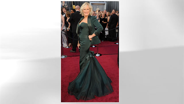 PHOTO: Glenn Close arrives at the 84th Annual Academy Awards at Grauman's Chinese Theatre, Feb. 26, 2012 in Hollywood.