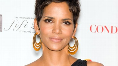 PHOTO: Actress Halle Berry attends the 2011 FiFi Awards at The Tent at Lincoln Center in this May 25, 2011 file photo in New York City.