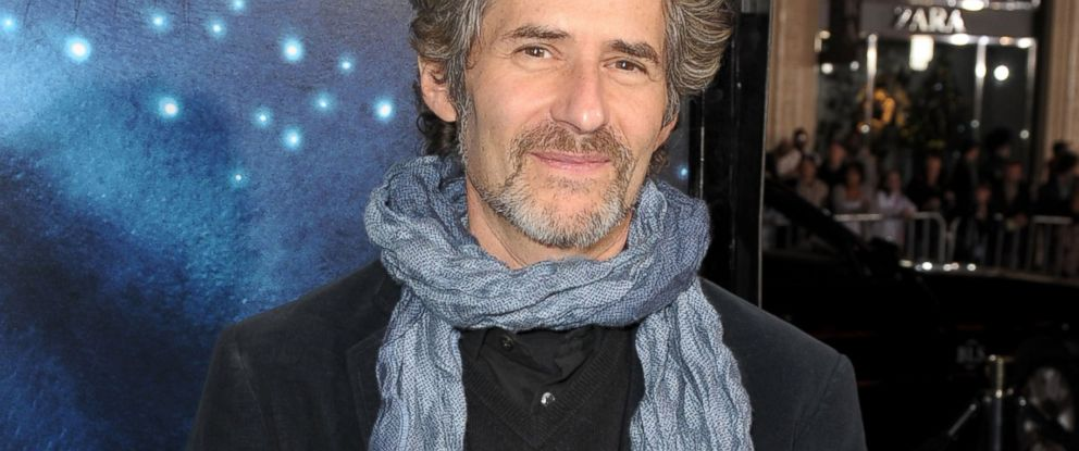 "PHOTO: Composer James Horner arrives at the premiere of ""Avatar"" on Dec. 16, 2009 in Hollywood, California."