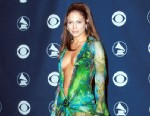 PHOTO: Jennifer Lopez arrives at the 42nd Grammy Awards at the Staples Center, Feb. 23, 2000, in Los Angeles.