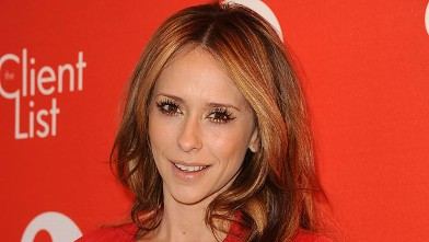 """PHOTO: Actress Jennifer Love Hewitt attends the Valentine's Day event for the upcoming season of """"The Client List"""" at Mel's Diner on Feb. 14, 2013, in Los Angeles."""