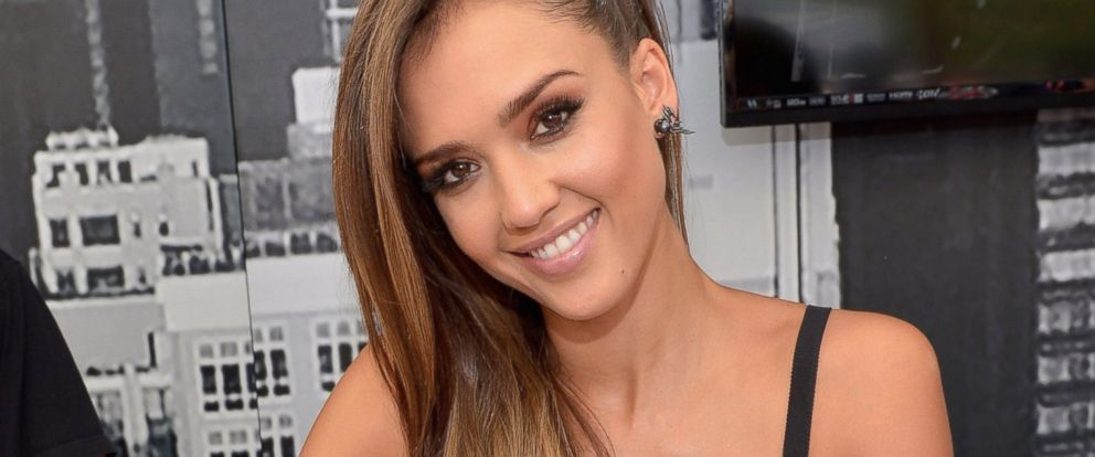 PHOTO: Actress Jessica Alba attends Comic-Con 2014 on July 26, 2014 in San Diego, Calif.