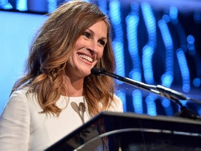 Julia Roberts Rocks the Red Carpet