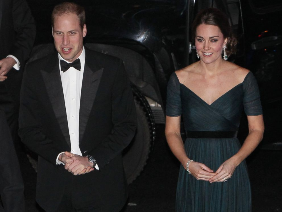 PHOTO: Prince William, Duke of Cambridge and Catherine, Duchess of Cambridge arrive at Metropolitan Museum of Art to attend the St. Andrews 600th Anniversary Dinner, Dec. 9, 2014 in New York City.