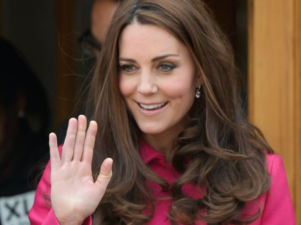 PHOTO: Catherine, Duchess of Cambridge visits XLP at Christ Church, Gipsy Hill on March 27, 2015 in London.