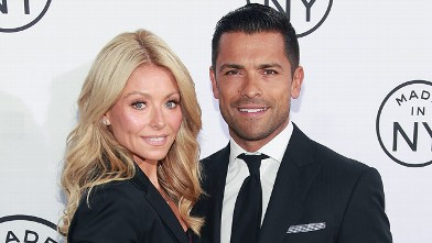 PHOTO: Kelly Ripa and husband Mark Consuelos attend the 2012 Made In NY Awards at Gracie Mansion, June 4, 2012 in New York City.