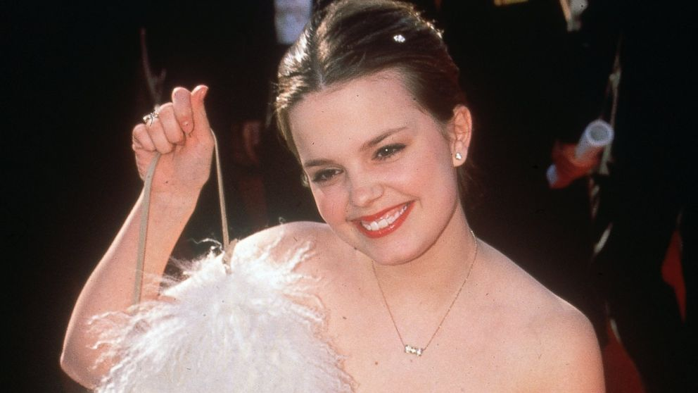 Marnie Actress Kimberly J. Brown Returning to \u0027Halloweentown\u0027
