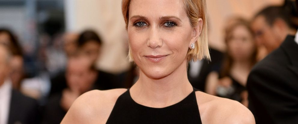 "PHOTO: Kristen Wiig attends the ""Charles James: Beyond Fashion"" Costume Institute Gala at the Metropolitan Museum of Art on May 5, 2014 in New York City."