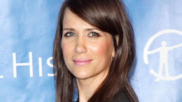 PHOTO: Kristen Wiig attends the 2011 American Museum of Natural History gala at the American Museum of Natural History in this Nov. 10, 2011 file photo in New York City.