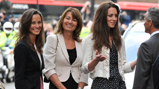 PHOTO: Catherine Middleton, right, is seen arriving with her mother Carole Middleton and sister Pippa Middleton, left, at the Goring Hotel, ahead of the Royal Wedding, April 28, 2011, in London.