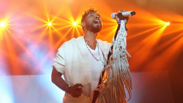 PHOTO: Miguel performs onstage in concert at 2015 BET Experience at Club Nokia on June 26, 2015 in Los Angeles.