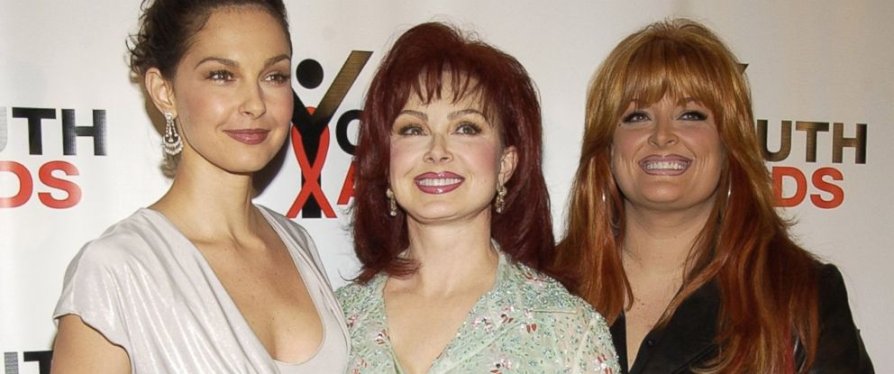 naomi judd discusses her relationship with daughters