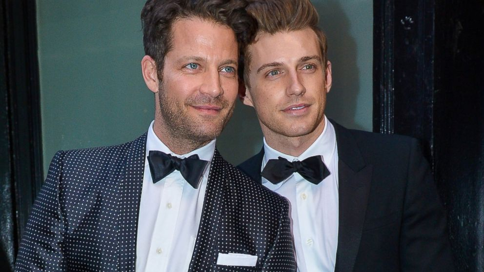 why nate berkus 39 wedding to jeremiah brent was historic. Black Bedroom Furniture Sets. Home Design Ideas
