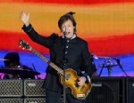 PHOTO: Singer Sir Paul McCartney performs on stage during the Queens Diamond Jubilee Concert at Buckingham Palace, London on June 4, 2012.