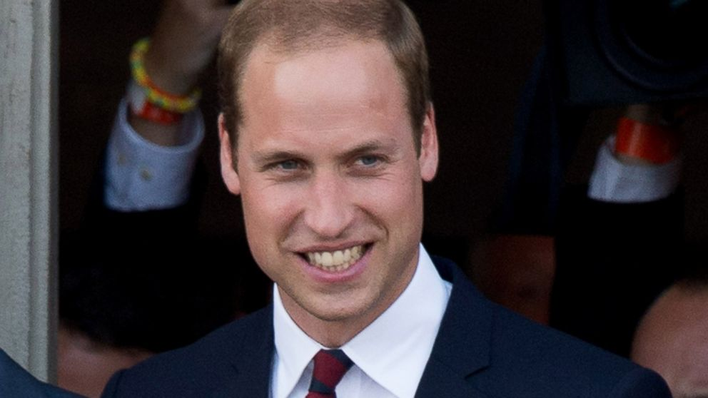 Prince William S New Job Air Ambulance Helicopter Pilot Abc News