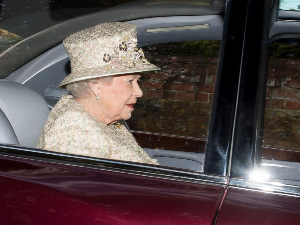 PHOTO: Queen Elizabeth II attends Sunday church service at Sandringham on Dec. 28, 2014 in Kings Lynn, England.