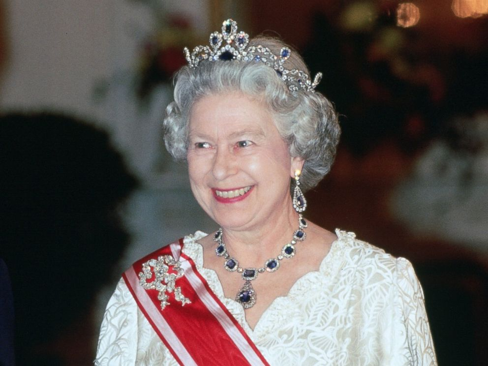 PHOTO: Queen Elizabeth II attends a banquet during a state visit to the Czech Republic on March 27, 1996.