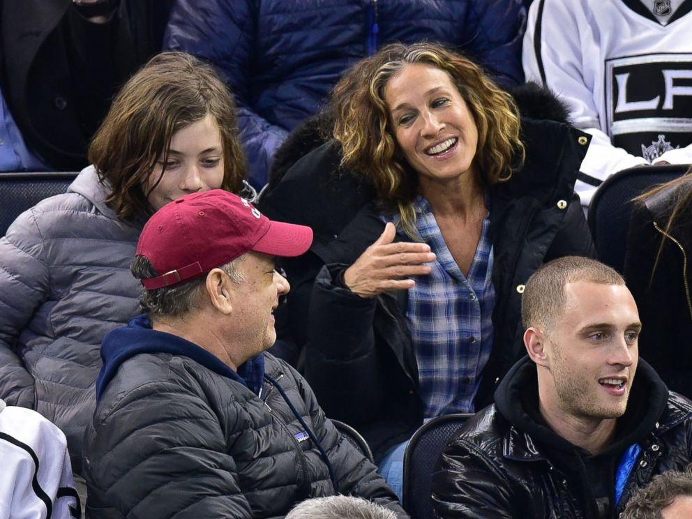 2ba87823bc1c3 PHOTO: Tom Hanks and Sarah Jessica Parker attend the Los Angeles Kings vs  New York