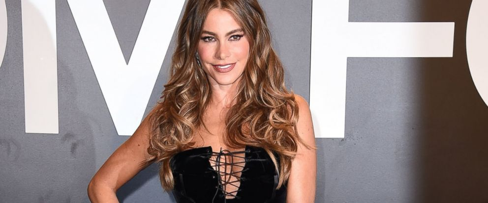 ebd79853eb0 PHOTO: Sofia Vergara arrives at the Tom Ford Autumn/Winter 2015 Womenswear Collection  Presentation