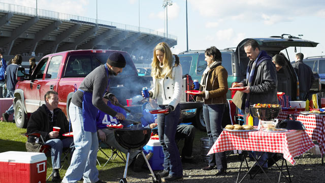 Super Bowl Tailgate Takedown: 49ers vs. Ravens - ABC News