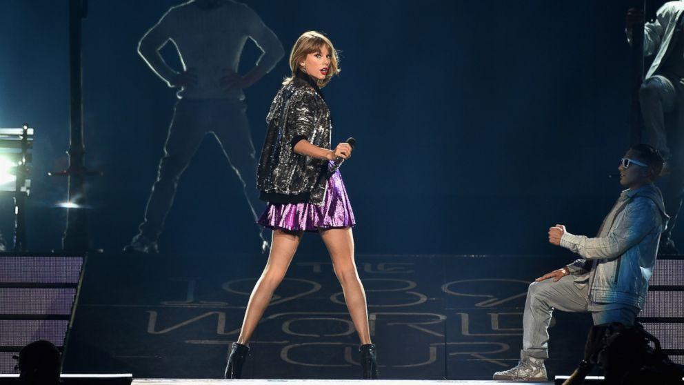 Mtv Vmas Taylor Swift Debuts Wildest Dreams Video Abc News