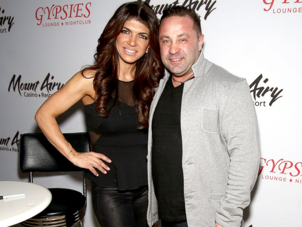 PHOTO: Teresa Giudice, star of The Real Housewives of New Jersey, and Joe Giudice appears at Mount Airy Resort Casino for a book signing and meet and greet in Mount Pocono City, March 5, 2016.