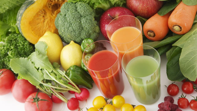 Drink your vegetables how to juice like a pro abc news photo diane henderiks and blueprint cleanse share recipes to make juices at home malvernweather Choice Image