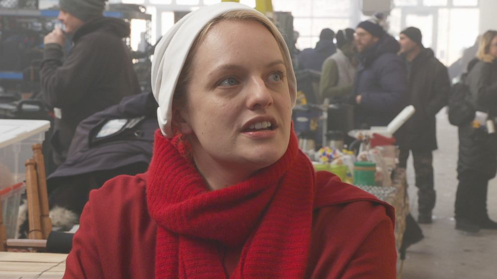 PHOTO: Elisabeth Moss discusses the show The Handmaids Tale with ABC News Nightline.