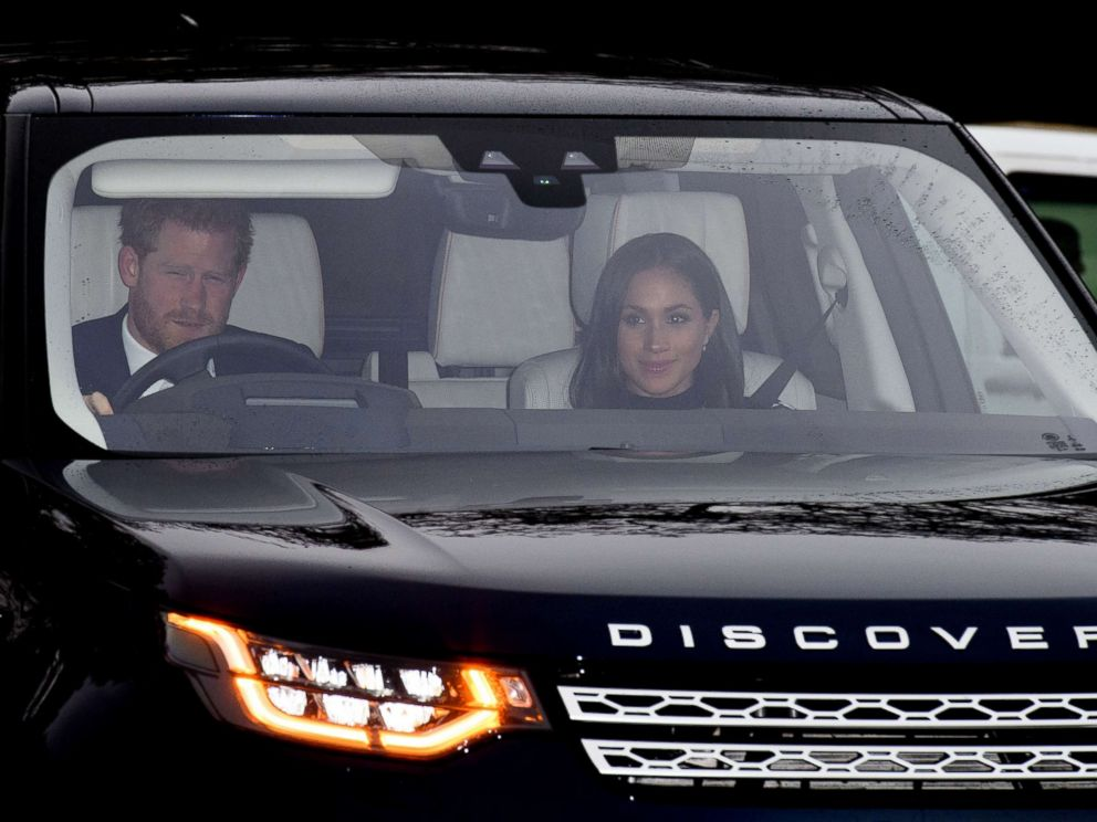 PHOTO Prince Harry And Meghan Markle Arrive At The Royal Christmas Lunch Buckingham Palace
