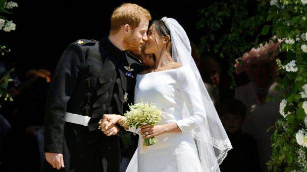 7ef2ebad 'I'm so lucky': Inside Prince Harry and Duchess Meghan's glamorous royal  wedding | GMA