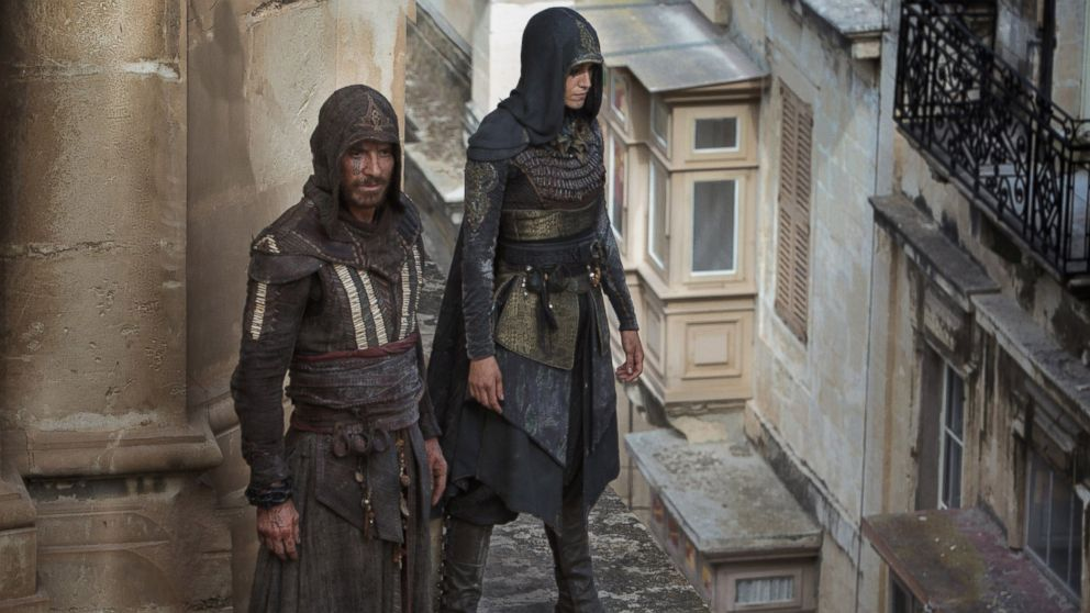 Review Assassin S Creed Is The Worst Movie Michael Fassbender