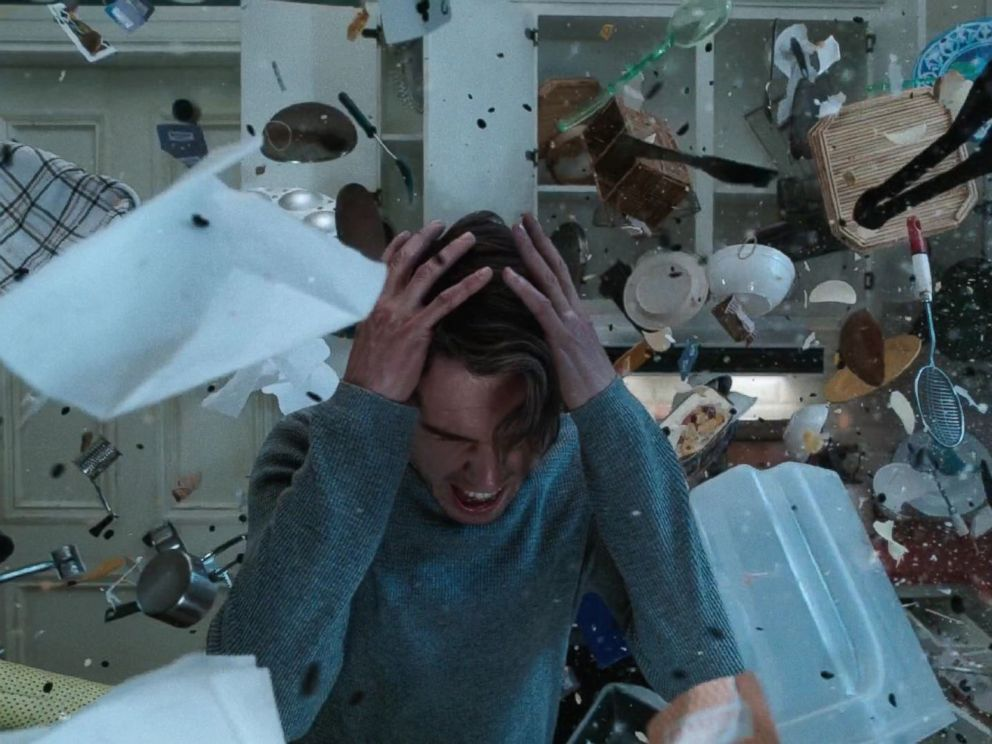 PHOTO: Dan Stevens in Legion.