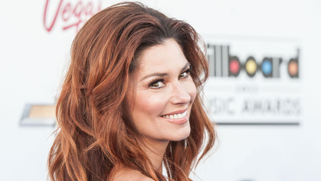 PHOTO: Shania never knew her biological father...until now.