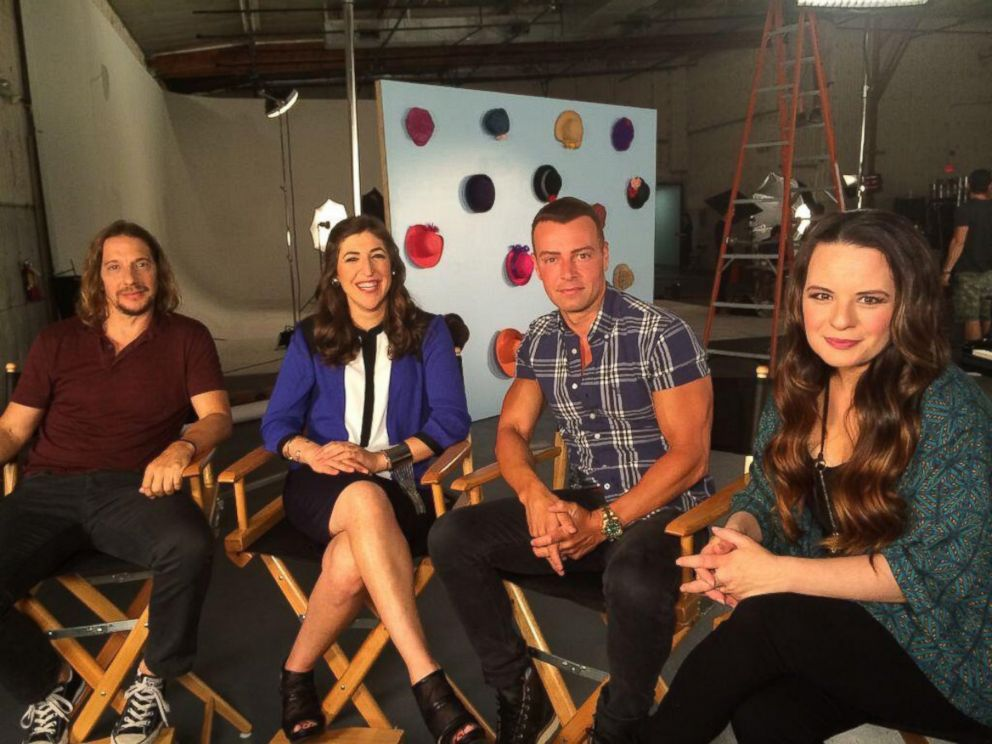 PHOTO: Actors Joey Lawrence, Mayim Bialik, Mike Stoyanov, and Jenna Von Oy are seen in a picture tweeted by Bialik on June 16, 2014 with the text, We still look like young whippersnappers @hubtvnetwork #blossomreunion.