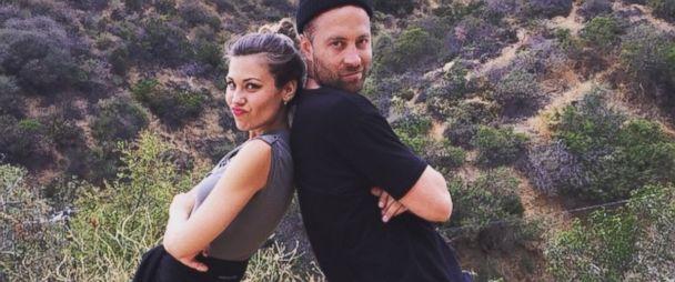är Britt och Brady dating Bachelorette Candice Accola dating historia