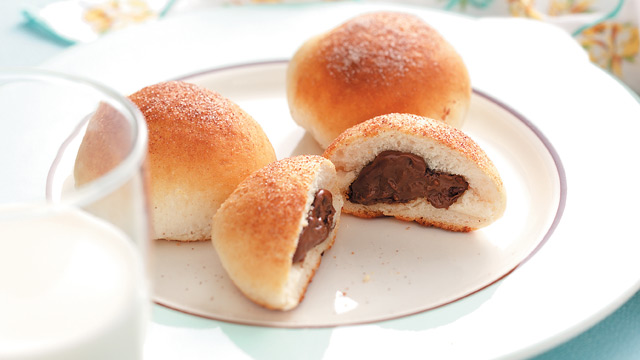 PHOTO: Chocolate biscuit puffs