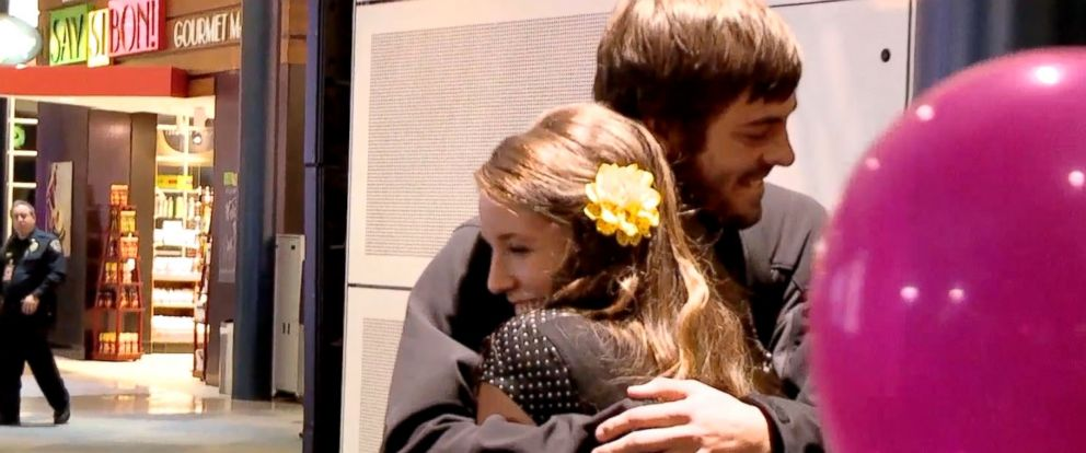 "PHOTO: Jill Duggar and Derick Dillard reunite on the next episode of the TLC reality show, ""19 Kids & Counting."""