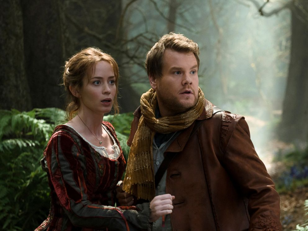 PHOTO: Emily Blunt and James Corden are pictured in a still from Into the Woods.