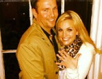 """PHOTO: Actress and singer Jamie Lynn Spears, 21, tweeted, """"Guessss what????"""" and uploaded an Instagram picture of her diamond studded engagement ring, March 2, 2013."""
