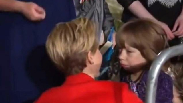 """PHOTO:Jennifer Lawrence stopped to comfort a girl in a wheelchair who appeared to be crying at the London premiere of """"The Hunger Games: Catching Fire."""""""