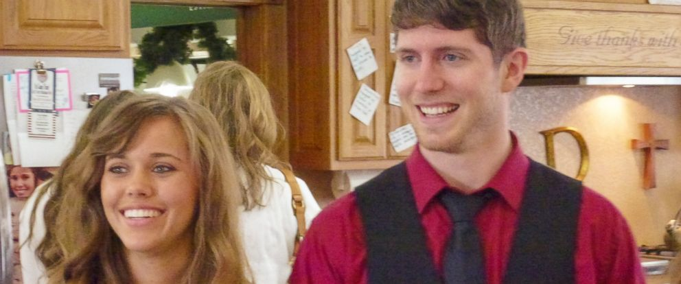 """PHOTO: Jessa Duggar and Ben Seewald are seen in a still from the 8th season of the TLC program, """"19 Kids and Counting."""""""