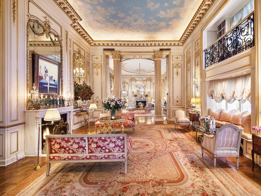 PHOTO: A view of the music room at the 1 East 62nd St. penthouse in New York City. Joan Rivers former residence is on the market for $28 million.