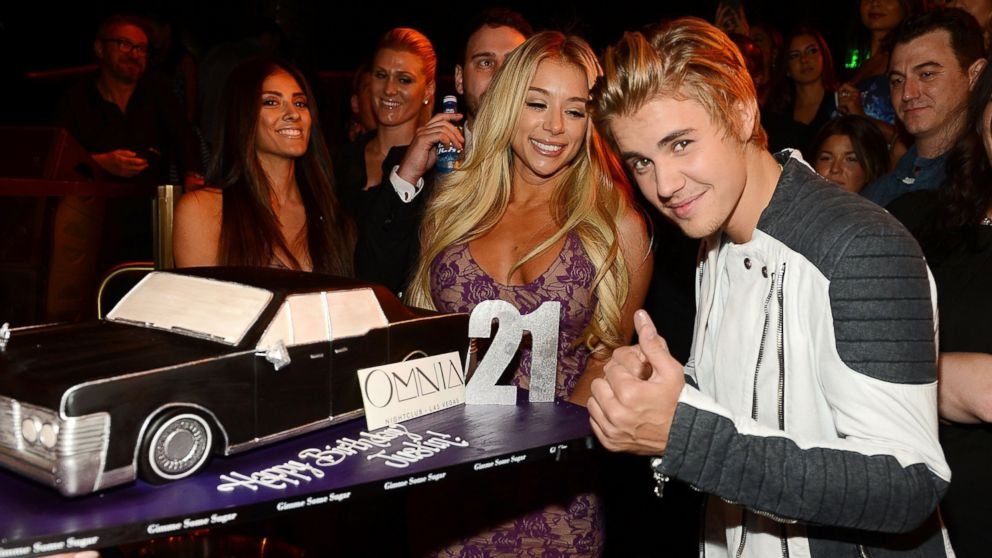 Swell Inside Justin Biebers 21St Birthday Party Abc News Funny Birthday Cards Online Elaedamsfinfo
